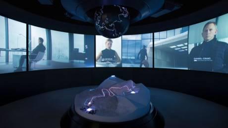 Tζέιμς Μποντ: μέσα στο εντυπωσιακό νέο μουσείο του 007 στην κορυφή των Άλπεων