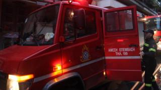 Φωτιά σε υπαίθριο χώρο στη λεωφόρο Μεσογείων