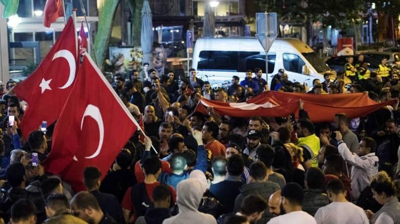 Τουρκία: Υπό κράτηση 47 άτομα με την κατηγορία ότι υποστήριξαν το πραξικόπημα