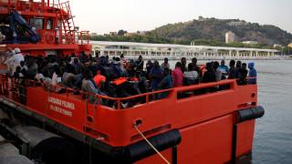 Διέξοδος στο προσφυγικό η «αλβανική λύση»;