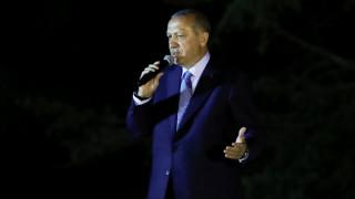 Εκλογές Τουρκία: Υπερπρόεδρος ο Ερντογάν σε μια διχασμένη χώρα
