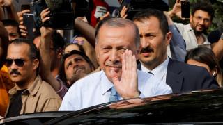 Εκλογές Τουρκία: Γιατί κέρδισε πάλι ο Ερντογάν, διερωτάται ο γερμανικός Τύπος