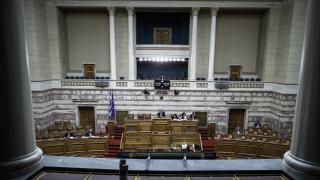 Βουλή: Αίτημα της ΝΔ για προ ημερησίας για την οικονομία – Πρόθεση Τσίπρα για ενημέρωση