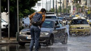 Κακοκαιρία: Ισχυρές καταιγίδες και χαλάζι φέρνει η «Νεφέλη»