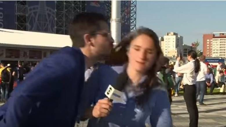 Παγκόσμιο Κύπελλο 2018: Δημοσιογράφος αντιστέκεται σε φίλαθλο που προσπαθεί να την φιλήσει