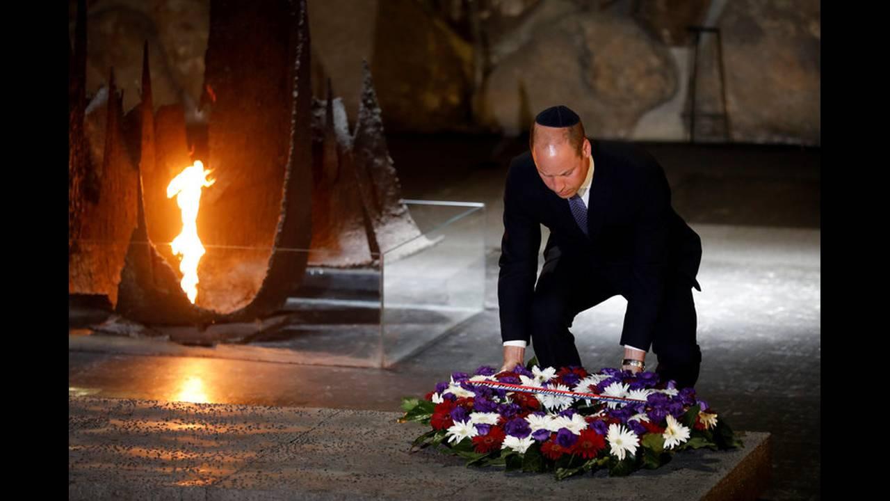 https://cdn.cnngreece.gr/media/news/2018/06/26/136122/photos/snapshot/2018-06-26T085709Z_1975269193_RC195A221D50_RTRMADP_3_BRITAIN-ROYALS-ISRAEL-PALESTINIANS.jpg