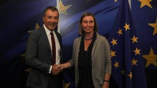 Για ανατολική Ευρώπη, Τουρκία και μεταναστευτικό συζήτησαν Θεοδωράκης-Μογκερίνι