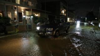 Δήμαρχος Μάνδρας στο CNN Greece: «Είμαστε αφημένοι στο έλεος της φύσης»