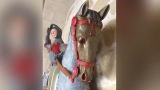 Ισπανία: Ξύλινο άγαλμα του Αγίου Γεωργίου έπεσε «θύμα» ενός συντηρητή