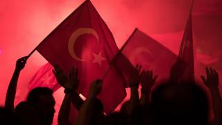 Τουρκία: Υπό κράτηση στρατιωτικοί υπάλληλοι, φερόμενοι ως υποστηρικτές του Γκιουλέν