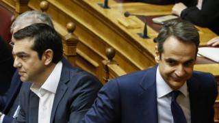 Κλιμακώνεται η σύγκρουση κυβέρνησης - ΝΔ με φόντο την παραίτηση Λαζαρίδη