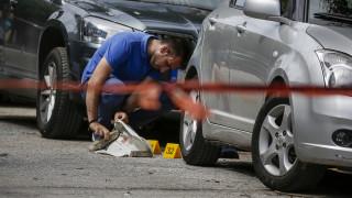 Δολοφονία στο Παλαιό Φάληρο: Αποτυπώματα στη γεμιστήρα του καλάσνικοφ ψάχνουν οι Αρχές