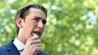 Αυστρία: 12ωρη εργασία προωθεί ο Κουρτς προκαλώντας «θύελλα» αντιδράσεων