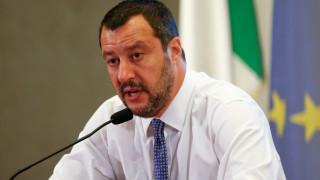 Συμμαχία στην Ευρώπη των κινημάτων που θέλουν να υπερασπιστούν τα σύνορά τους προτείνει ο Σαλβίνι