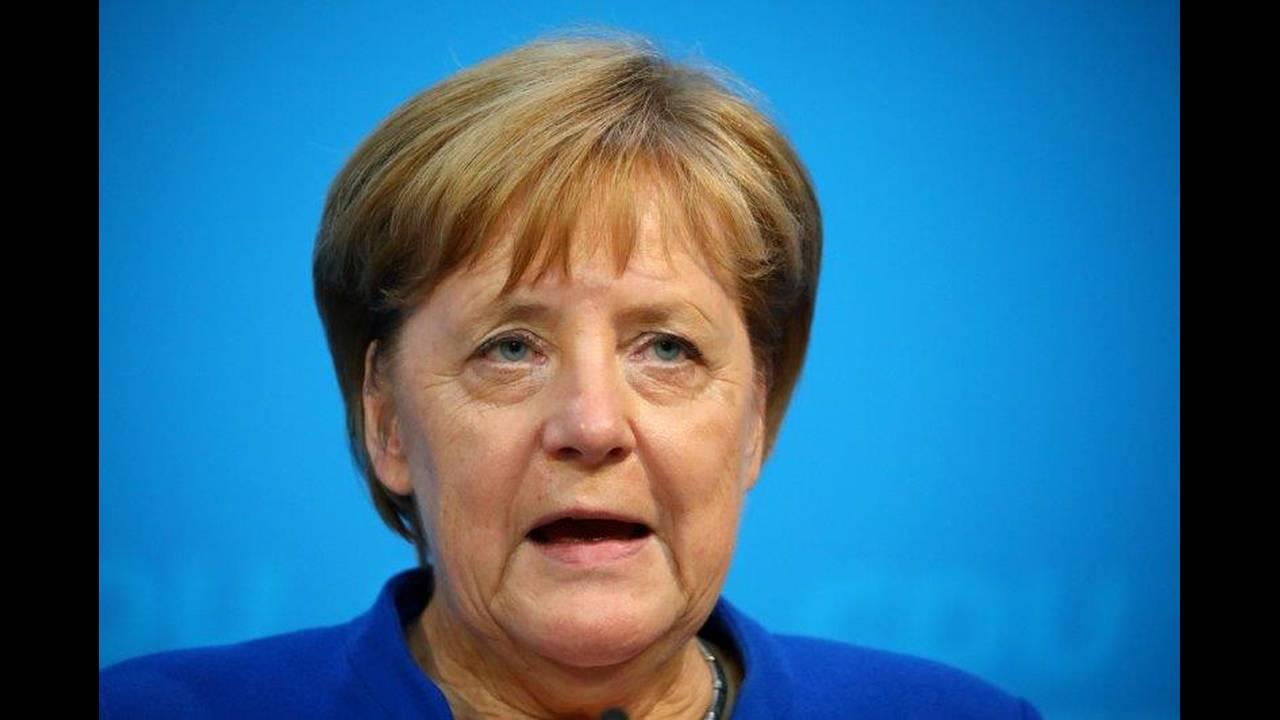 https://cdn.cnngreece.gr/media/news/2018/07/03/137095/photos/snapshot/2018-07-02T203611Z_861162651_RC12EB6E2CB0_RTRMADP_3_EUROPE-MIGRANTS-GERMANY.jpg