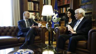 Πιερ Μοσκοβισί στον ΠτΔ: Είμαστε στο πλευρό της Ελλάδας που στέκεται πλέον ελεύθερα στα πόδια της
