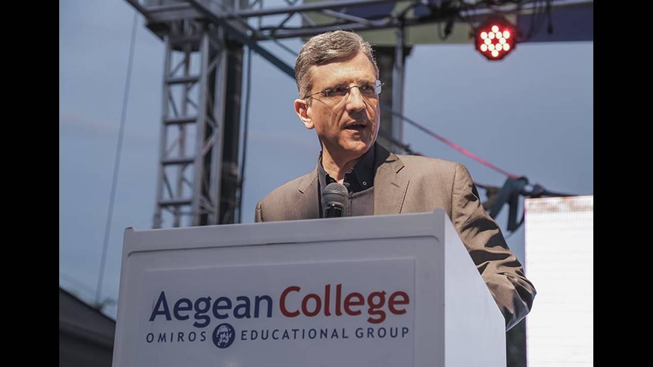https://cdn.cnngreece.gr/media/news/2018/07/03/137144/photos/snapshot/--Aegean-College-800550_2.jpg