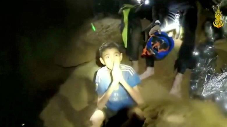 Νέο βίντεο με τα παιδιά που έχουν παγιδευτεί σε σπήλαιο στην Ταϊλάνδη
