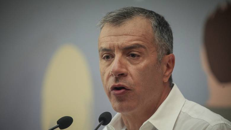Θεοδωράκης: Κυβερνητική συνεργασία μόνο μετά τις εκλογές