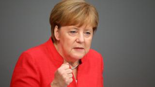 Μέρκελ: Θα επιδιώξουμε συμφωνία για το προσφυγικό και με άλλες χώρες εκτός της Ελλάδας