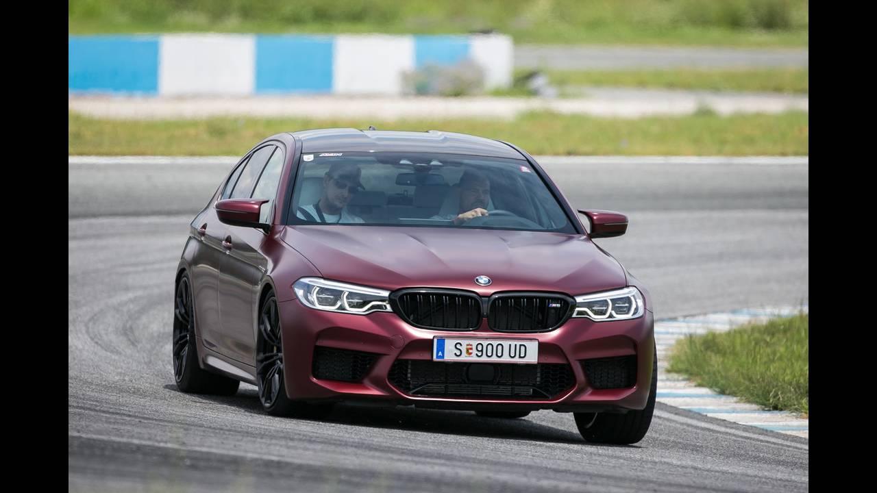 https://cdn.cnngreece.gr/media/news/2018/07/05/137488/photos/snapshot/BMW-M-SERRES-10.JPG
