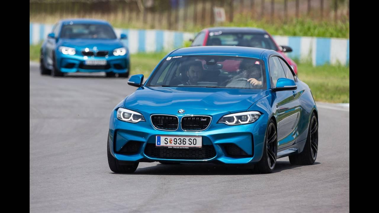 https://cdn.cnngreece.gr/media/news/2018/07/05/137488/photos/snapshot/BMW-M-SERRES-3.JPG