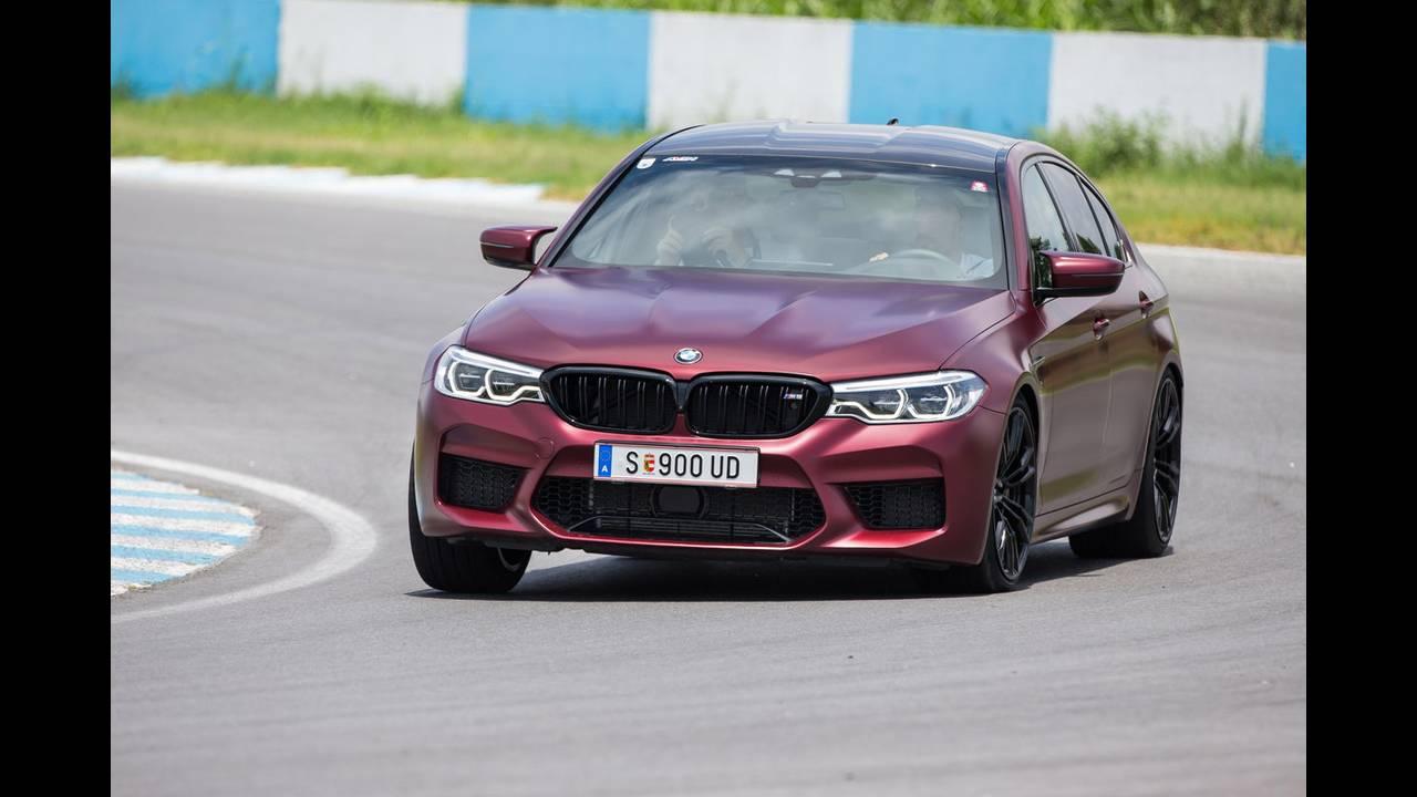 https://cdn.cnngreece.gr/media/news/2018/07/05/137488/photos/snapshot/BMW-M-SERRES-5.JPG