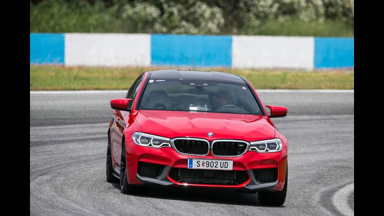 https://cdn.cnngreece.gr/media/news/2018/07/05/137488/photos/snapshot/BMW-M-SERRES-8.JPG