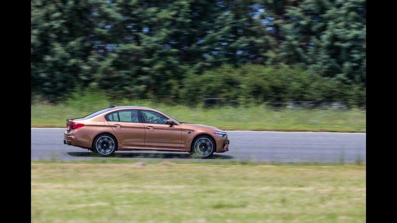 https://cdn.cnngreece.gr/media/news/2018/07/05/137488/photos/snapshot/BMW-M-SERRES-9.JPG