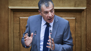 Θεοδωράκης: Tα μνημόνια άφησαν ανέπαφη τη μεγαλύτερη αιτία του ελληνικού προβλήματος