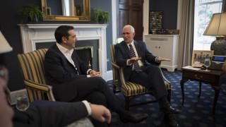 Η συμφωνία των Πρεσπών στο επίκεντρο της τηλεφωνικής επικοινωνίας Τσίπρα-Πενς