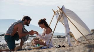 Οι αξίες που δένουν ένα ζευγάρι μέσα από ένα συγκινητικό βίντεο