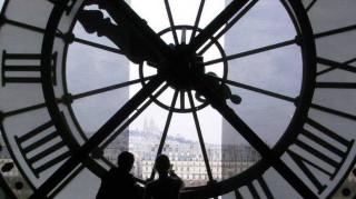 Αλλαγή ώρας: Η Κομισιόν ζητά τη γνώμη των πολιτών για τη διατήρηση ή την κατάργησή της