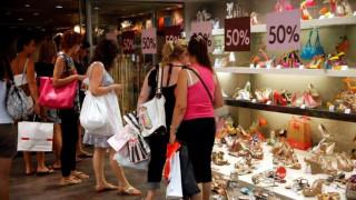 Θερινές εκπτώσεις 2018: Αρχίζουν σε λίγες μέρες - Ποια Κυριακή θα είναι ανοιχτά τα καταστήματα