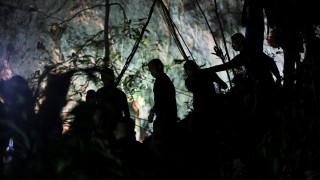 Ώρα μηδέν στην Ταϊλάνδη: Τα προβλήματα & το σχέδιο διάσωσης των παιδιών