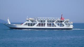 Θεσσαλονίκη: Προσάραξε πλοίο σε αβαθή νερά – Σε εξέλιξη επιχείρηση διάσωσης των επιβατών