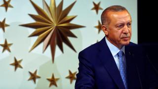Περισσότερες από 18.000 απολύσεις στο δημόσιο με διάταγμα Ερντογάν
