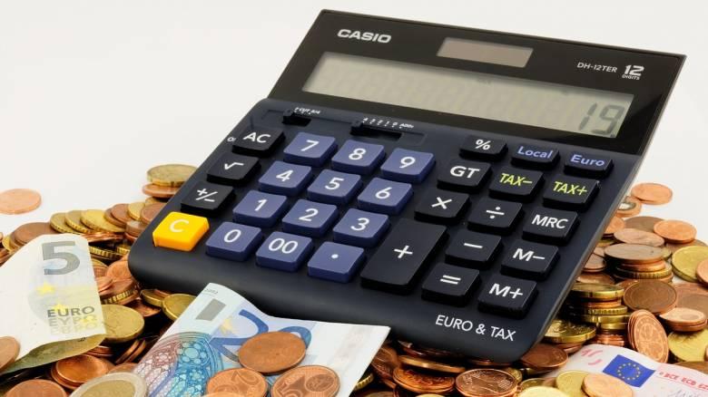 ΙΚΑ-ΟΑΕΕ: Ποιους αφορά η διαγραφή χρεών χιλιάδων ευρώ