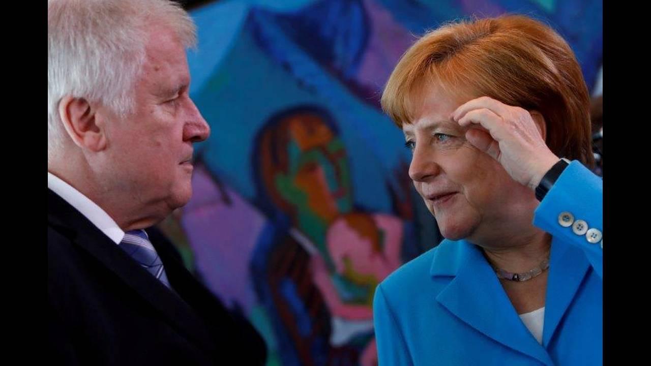 https://cdn.cnngreece.gr/media/news/2018/07/09/137917/photos/snapshot/2018-06-16T104659Z_853813701_RC1DB5AF1AA0_RTRMADP_3_EUROPE-MIGRANTS-GERMANY.jpg