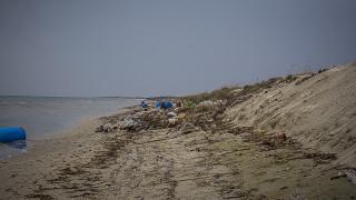 Θεσσαλονίκη: Η θάλασσα «απειλεί» να… εισβάλει στα δυτικά του νομού
