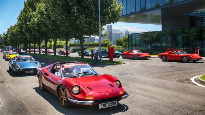 Η πιο λαϊκή Ferrari, η πολύ όμορφη Dino, έκλεισε τα 50