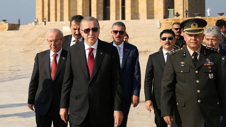 Ο Ερντογάν ανακοίνωσε το νέο υπουργικό συμβούλιο