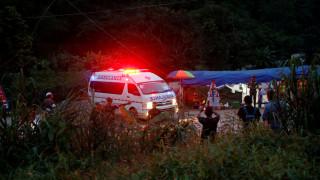Ταϊλάνδη: «Η διάσωση των τελευταίων παιδιών εξαρτάται από τον θεό της βροχής»