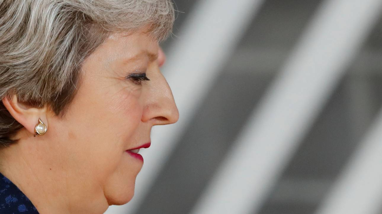 Πολιτική κρίση στη Βρετανία: Μπορεί η Μέι να επιβιώσει;