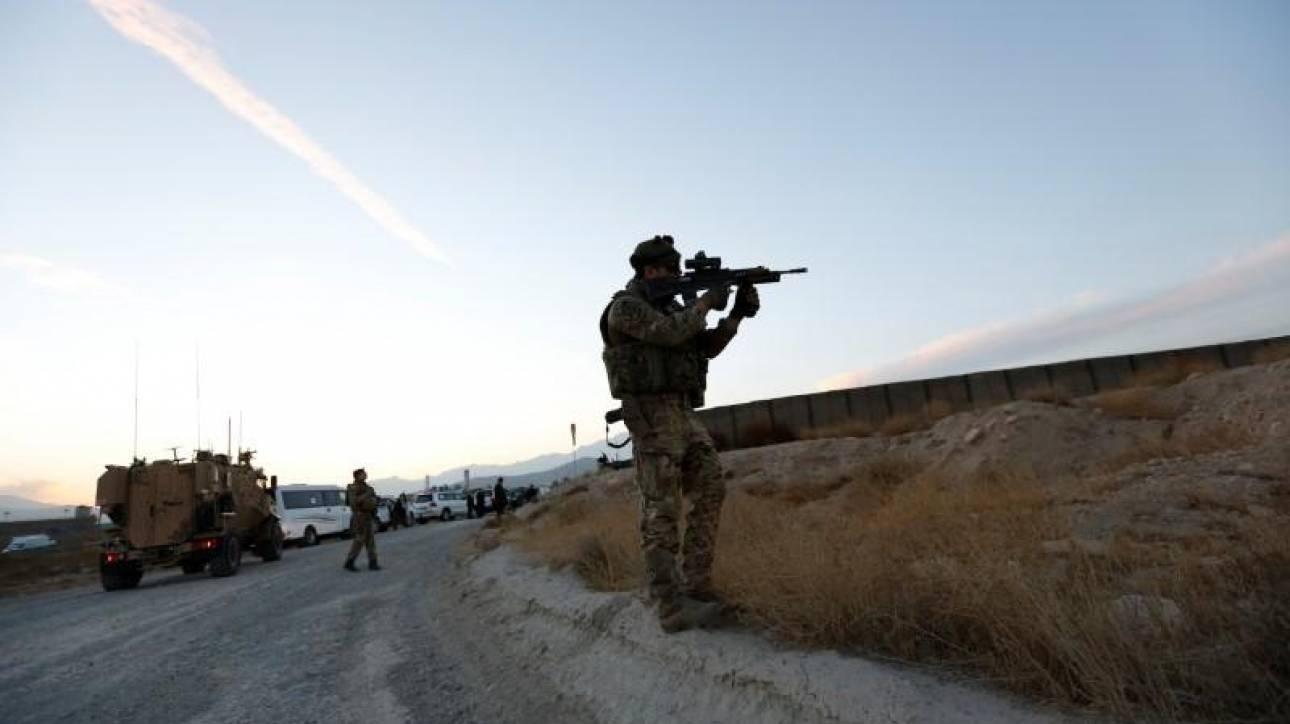 Η Βρετανία διπλασιάζει το μέγεθος της στρατιωτικής της παρουσίας στο Αφγανιστάν