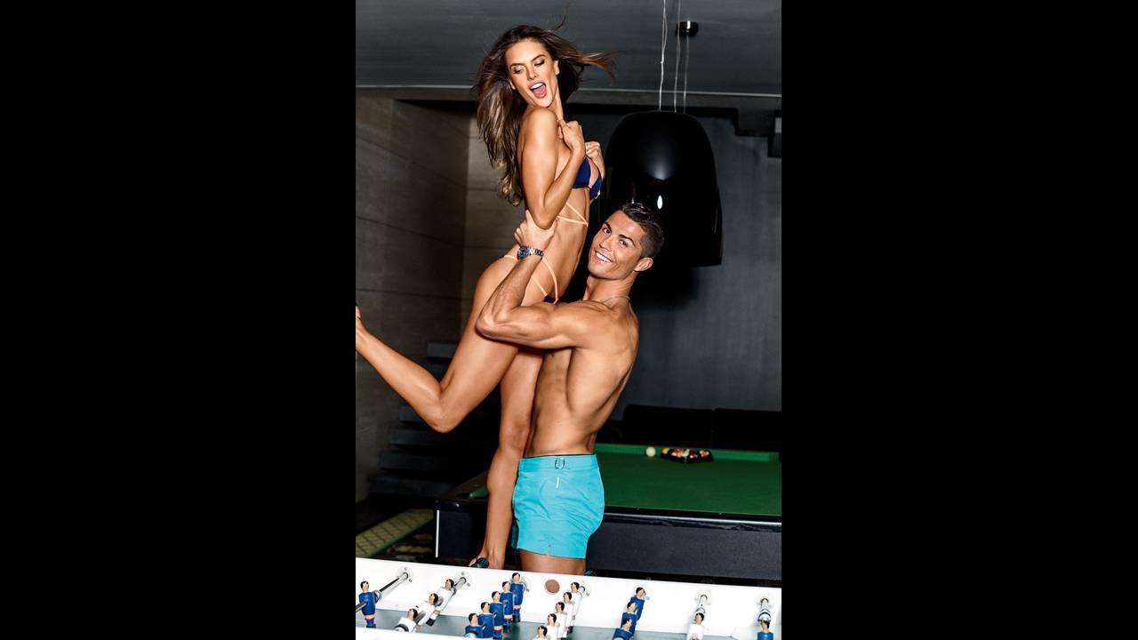 https://cdn.cnngreece.gr/media/news/2018/07/11/138201/photos/snapshot/GQ_US-February_2016-Christiano_Ronaldo-Alessandra_Ambrosio-by-Ben_Watts-07.jpg