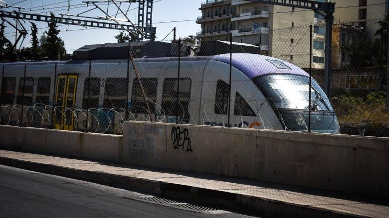 Μετ' εμποδίων οι μετακινήσεις με τρένα και προαστιακό