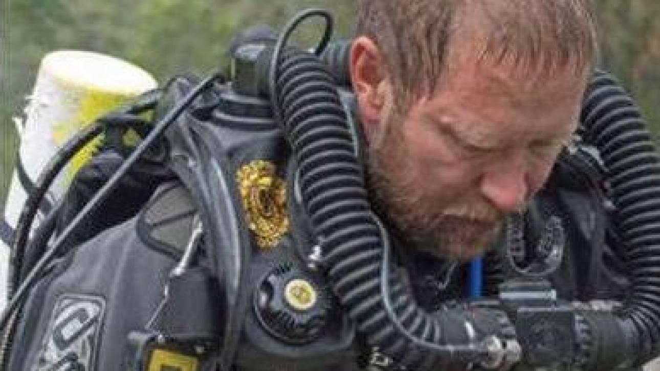 Έχασε τον πατέρα του ενώ βρισκόταν στο σπήλαιο: Τραγικό παιχνίδι της μοίρας για τον ήρωα γιατρό