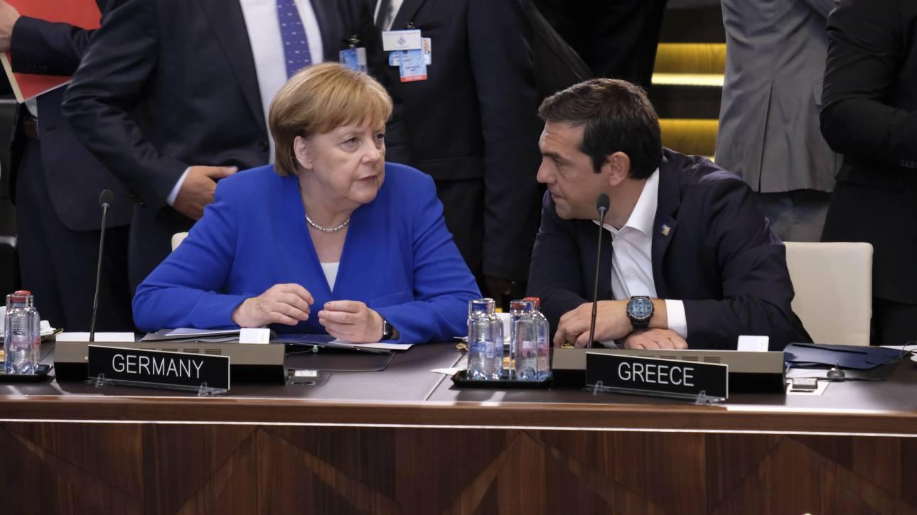 Το θέμα των δύο Ελλήνων στρατιωτικών έθεσε ο Τσίπρας στη Μέρκελ