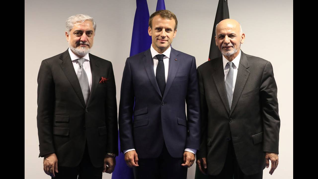 https://cdn.cnngreece.gr/media/news/2018/07/11/138301/photos/snapshot/2018-07-11T163427Z_1915321594_RC1979FE2500_RTRMADP_3_NATO-SUMMIT.jpg